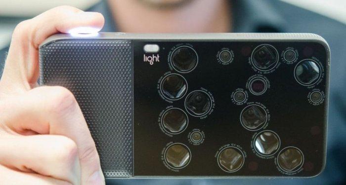 Te presentamos el Light L16 con 16 cámaras y 52 megapíxeles