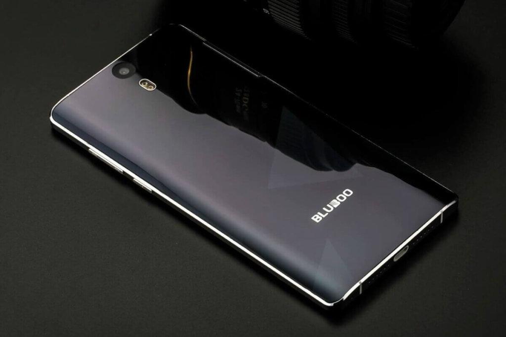 El Bluboo Edge Pro con pantalla curva y cámara dual