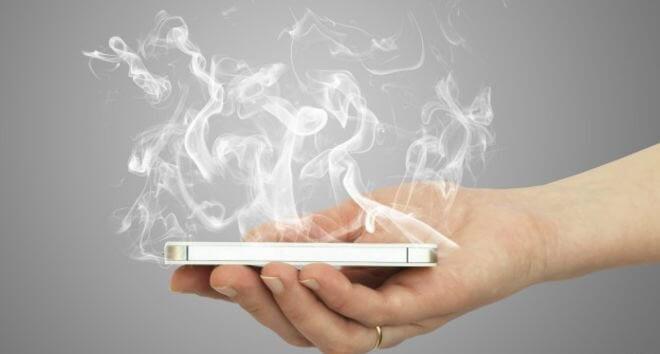 evitar que el móvil se sobrecaliente en verano
